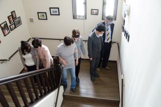 階段の上り・下りでのアイマスク、・手引き体験